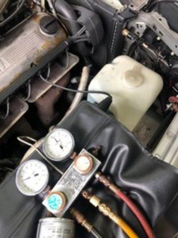 BMW E30 エアコン効かない修理のサムネイル