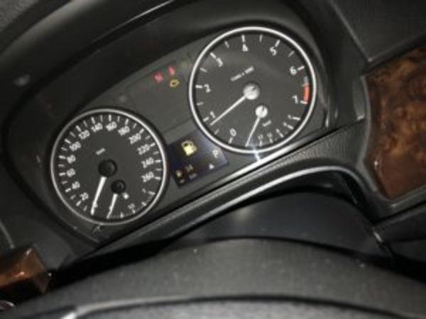 BMW E90 N46 エンジンチェックランプ点灯のサムネイル