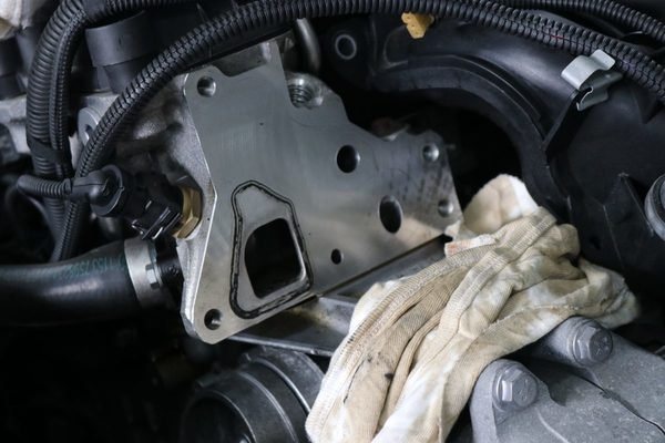 F20 135 N55エンジン オイル漏れ修理のサムネイル