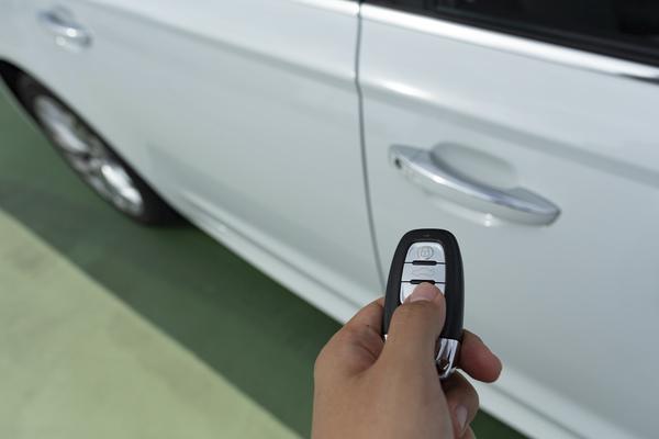 BMWに最適な自動車保険の選び方!必ず入って欲しい4種類の補償