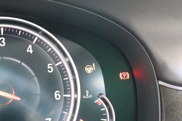 BMW 650のステアリング警告灯修理のサムネイル