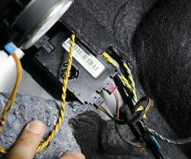 E84 X1リモコン効かない時がある 修理