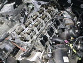 F30 F31 320D N47 エンジンオイル漏れ修理