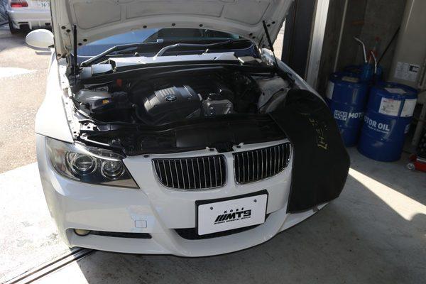 E90 325 N52 エンジン異音修理のサムネイル