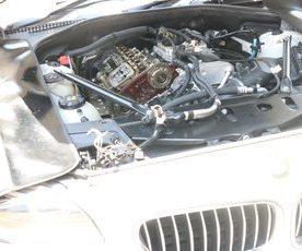 F11 528I ツーリングエンジンオイル漏れ修理