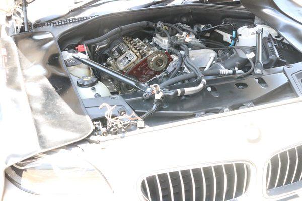 F11 528I ツーリングエンジンオイル漏れ修理のサムネイル