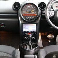 MINI R60 クロスオーバー クーパーSDのサムネイル