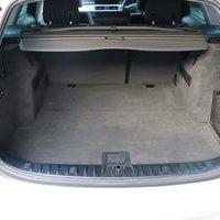 BMW E91 320i Touringのサムネイル